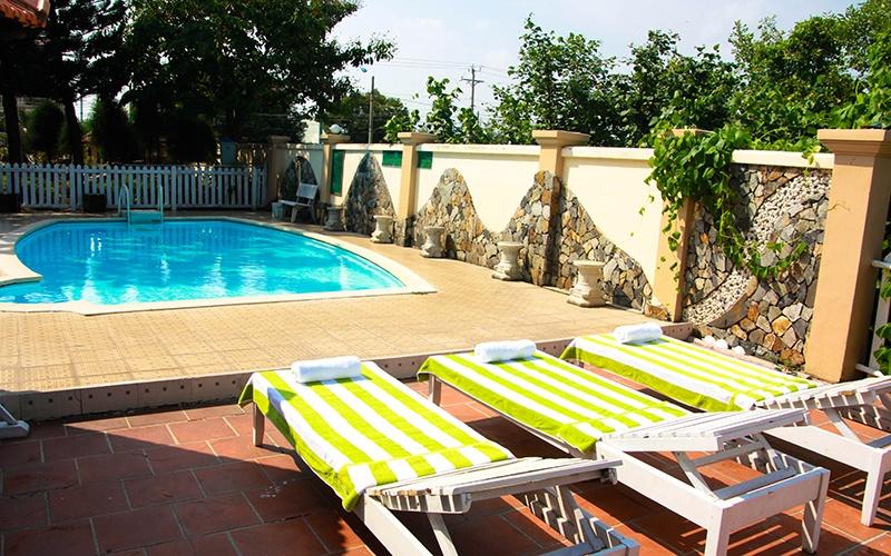 Giá phòng resort ở Hồ Tràm - 1