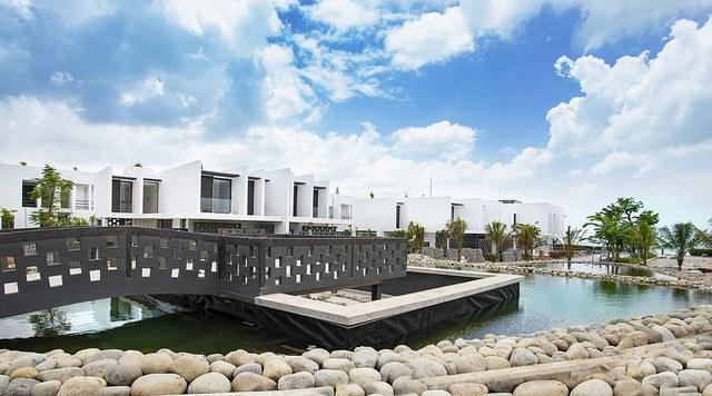 Khách sạn Hồ Tràm đẹp - Hồ cá Koi
