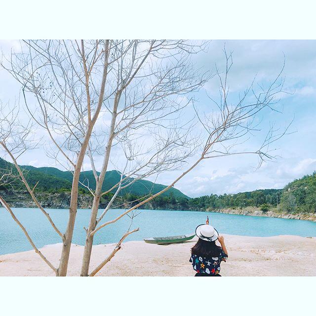 Hồ Đá Xanh - Ảnh 1